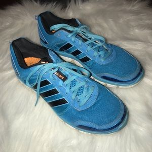 Woman's Adidas Climacool shoes